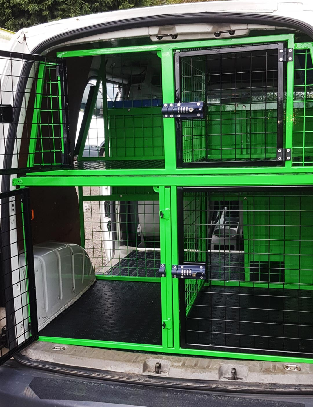 green dog cage